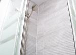 17_Shower_3